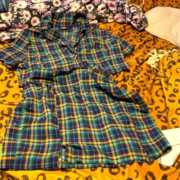 Two piece plaid shirt and shirts set
